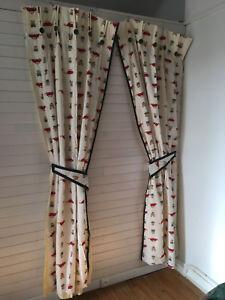 details sur double rideaux chambre enfant