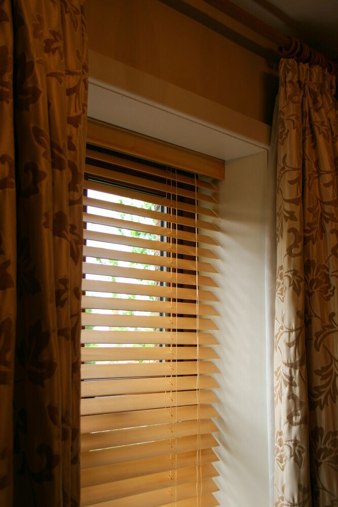 25mm Quality Real Wooden Venetian Blinds Upto 240cm Wide X 240cm Drop6 Colours EBay
