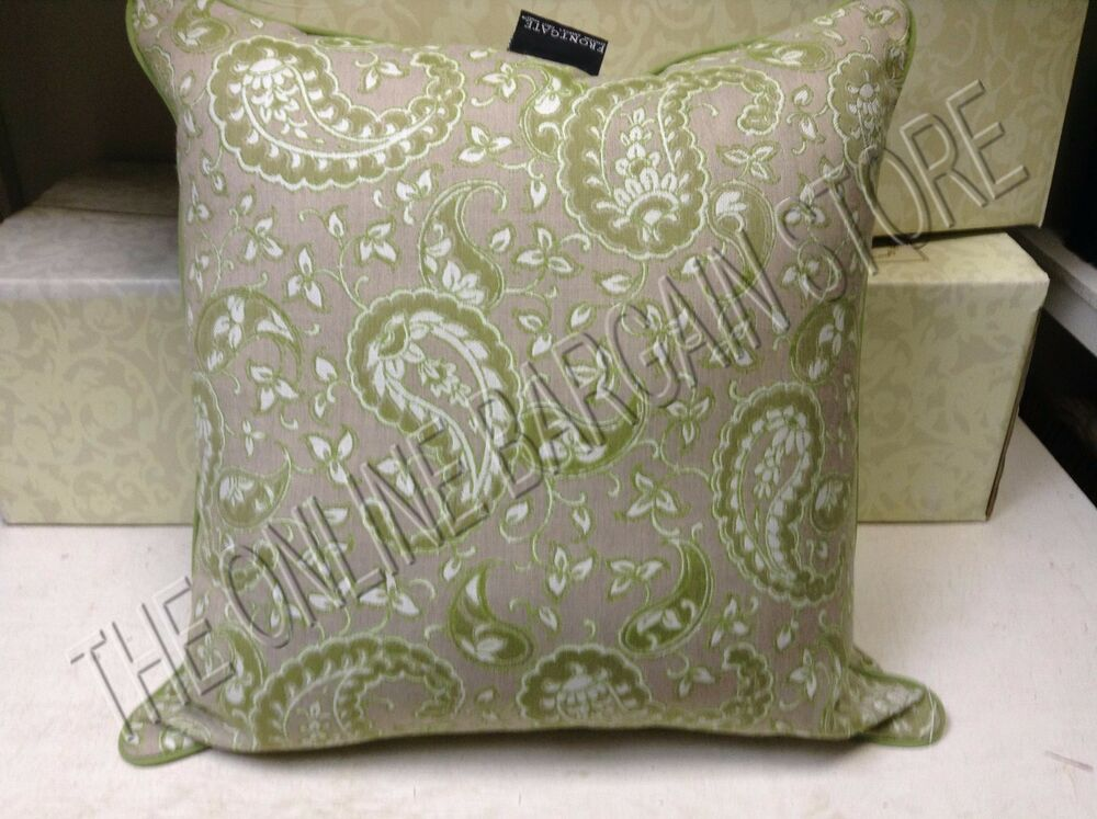 Frontgate Cottage Green Paisley Outdoor Sofa Chair Throw
