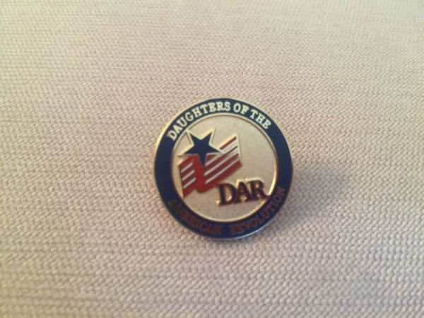 DAR Daughters of the American Revolution Round Logo Flag ...