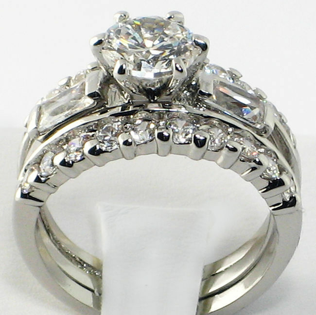 Womens Stainless Steel Wedding Engagement Round Baguette
