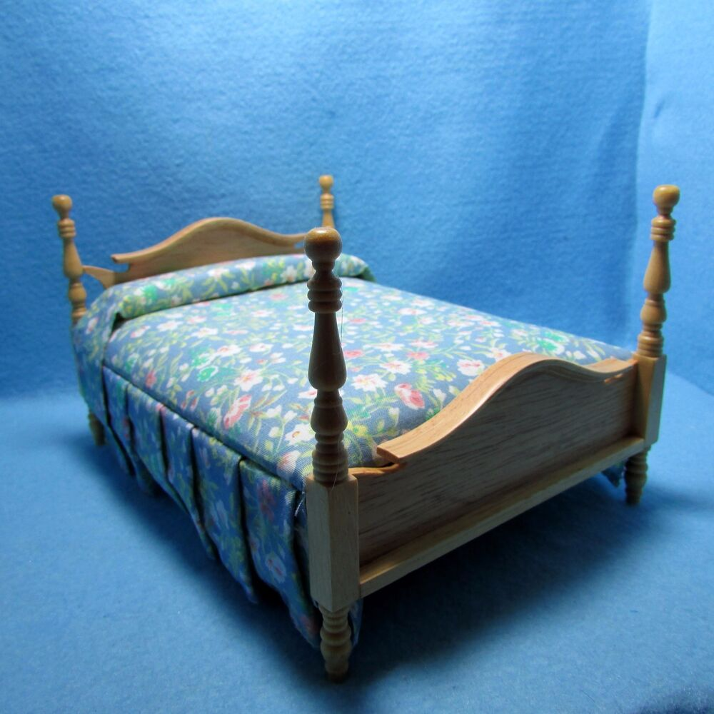 Dollhouse Miniature Double Bed In Oak With Floral Material