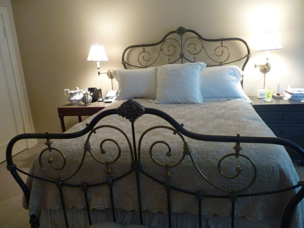 MAGNIFICENT ANTIQUE VICTORIAN BRASS & IRON BED