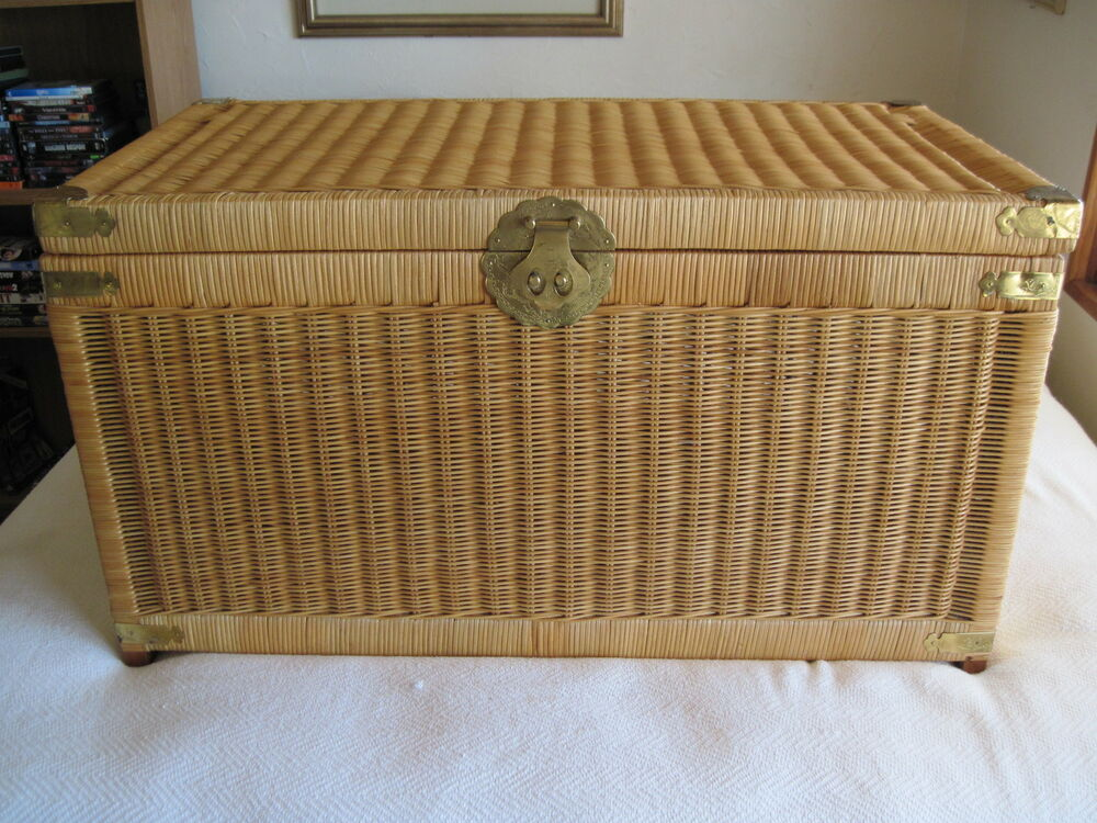 Vintage Early 80s Wicker TrunkChest 36 X 20 X 19 In VGC Nice EBay