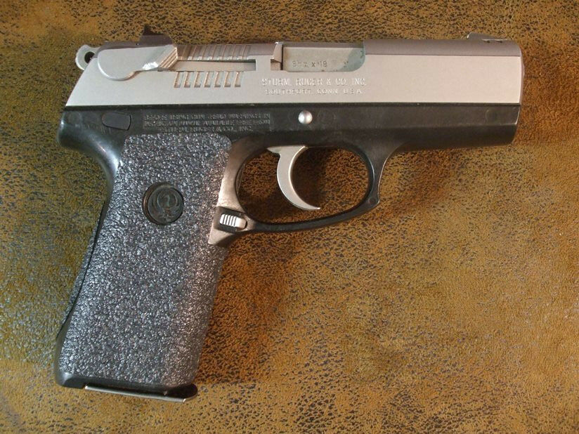 Black Textured Rubber Grips For The Ruger P95 And Ruger