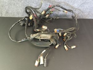 Clean Used 19931997 V6 Johnson  Evinrude 225 HP Wiring Harness | eBay