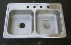 23 Different Types of Kitchen Sinks 33×22 That Every Home Needs