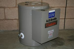 Water heater electric 3 kW 5 Gal DSE5 480V 3 phase AO