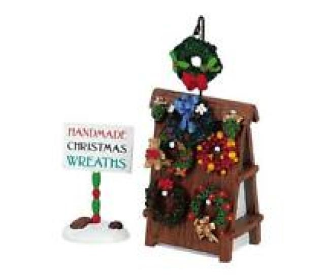 Lemax Lot Christmas Village Accessories Wreaths For Sale Figurine Set