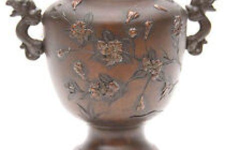 Download Wallpaper Antique Japanese Vases Value Full Wallpapers