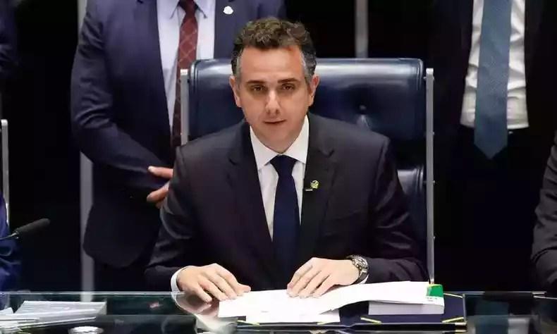 President of the Senate, Rodrigo Pacheco, defends a manifesto in support of democracy, signed by around 300 Minas Gerais citizens (photo: Sérgio Lima/AFP)