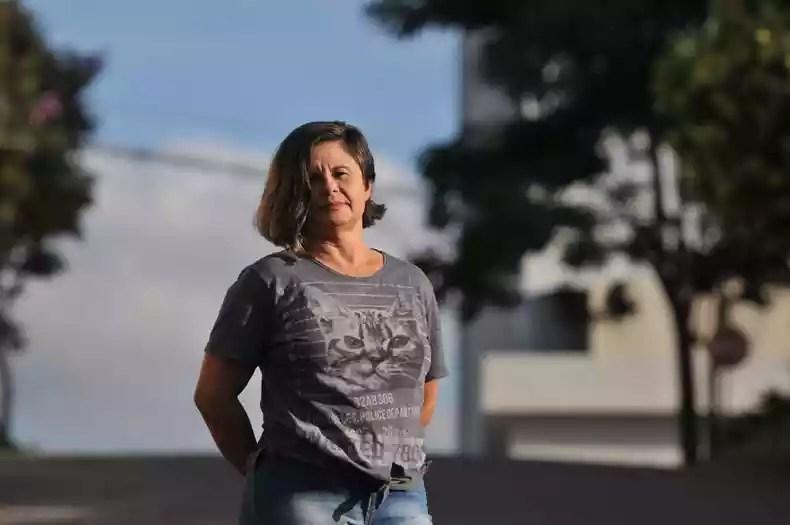 Clara da Silva teve que entregar o carro que alugava para trabalhar: 'Minha expectativa é que as pessoas se cuidem e as coisas possam voltar gradativamente' (foto: Alexandre Guzanshe/EM/D.A Press)