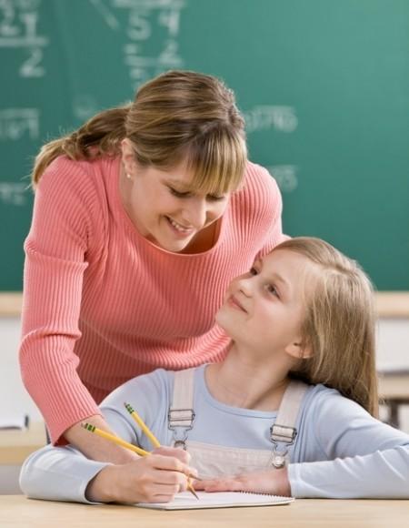 如何幫助孩子與老師和睦相處 | 大紀元