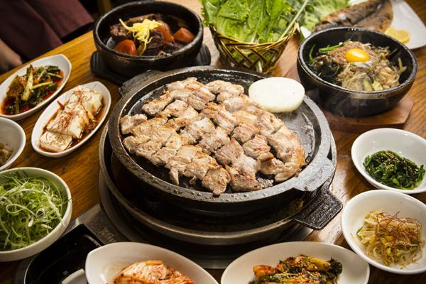 韓國美食街元老 石板烤肉第一家 | 餐館 | 大紀元