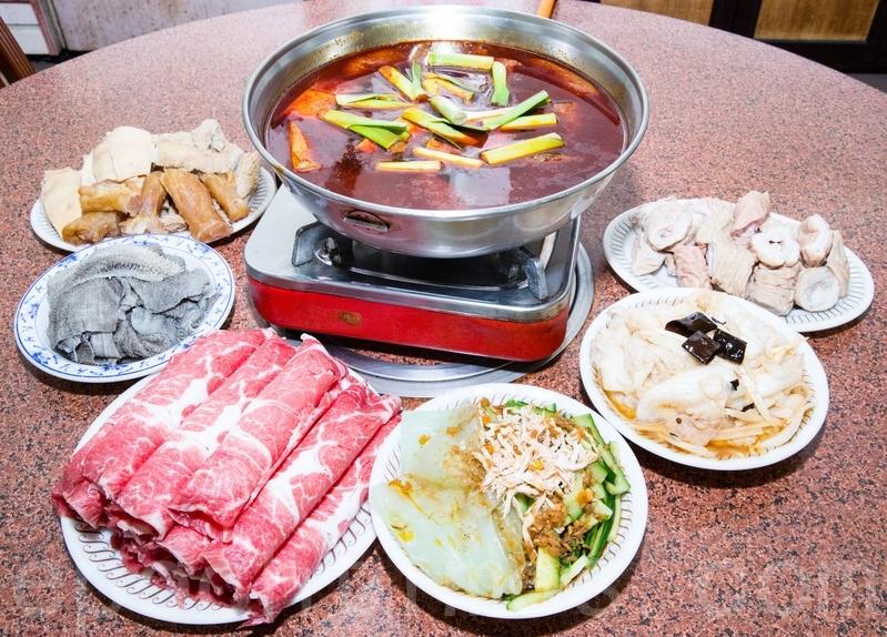 火鍋吃到飽 一餐胖0.5公斤 | 熱量 | 鈉 | 大紀元