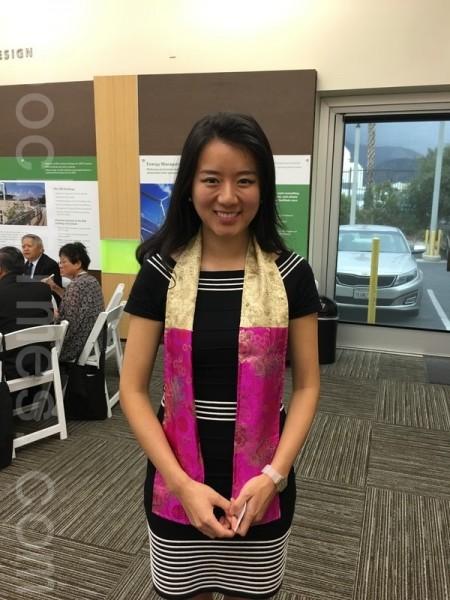 在中學時贏得選美獎學金而上名校的Enplug數字廣告牌軟件公司CEO劉南茜 (Nanxi Liu)。(劉菲/大紀元)
