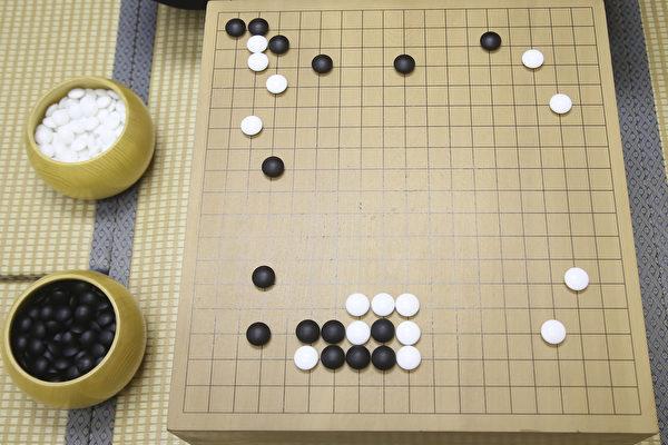下棋好處多 70中小學開圍棋課 | 教育 | 日本 | 東大 | 大紀元