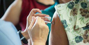 为什么今年没有流感? 护士为什么不戴疫苗手套?  | 中国共产党病毒| 新冠肺炎