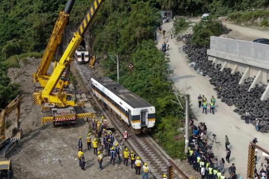 备受瞩目的印度对台湾发生车祸感到遗憾,印度媒体欢呼中共大跃进中印关系  火车事故  狼战士