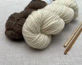 Bluefaced Leicester - British Wool - West Yorkshire Spinners - Knitting wool - undyed yarn - Colour: Ecru #001 - 100g DK weight