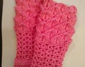 Handmade Girls Mermaid Gauntlet Gloves Pink