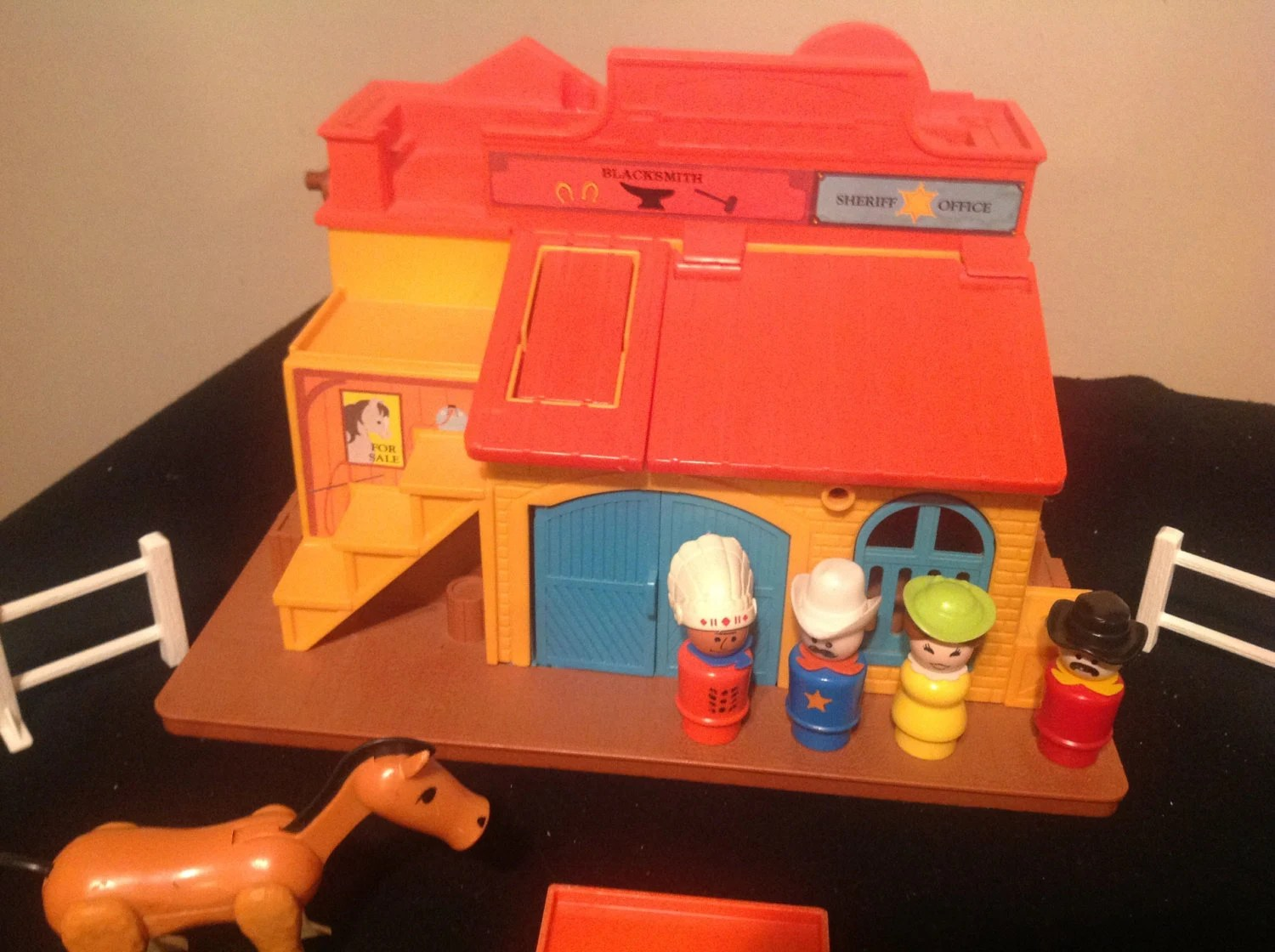 Vintage fisher price western town image 3