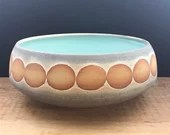 Serving bowl with dots