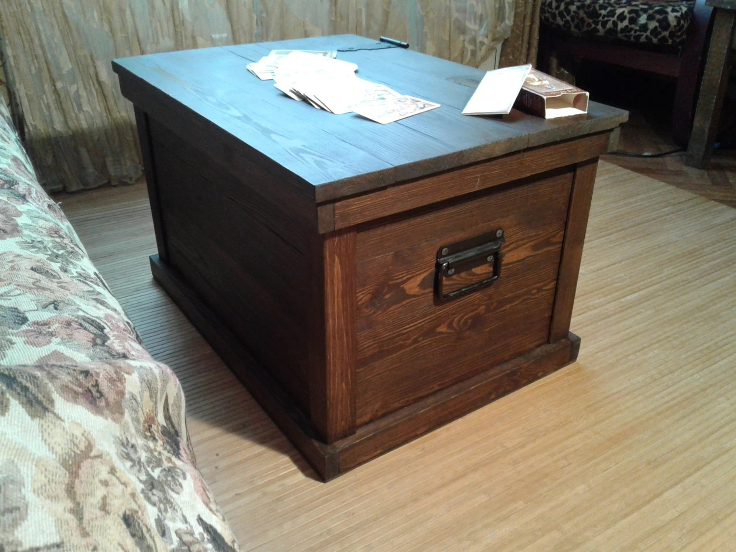 trunk coffee table diy furniture wood trunk table trunk chest living room chest reliable secrets