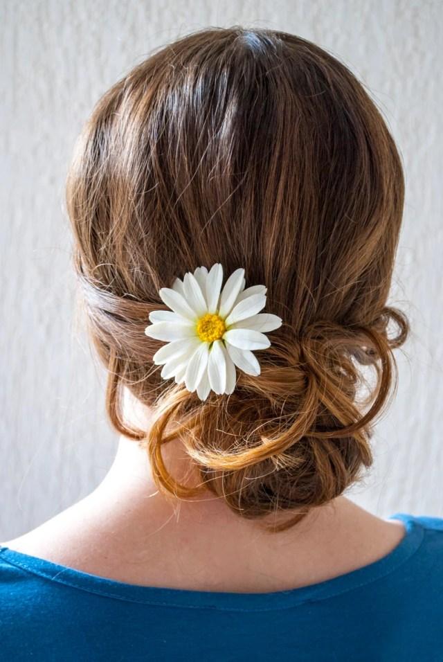 daisy hair pin daisy wedding hair piece wedding hair accessories white flower hair pin bridal hair pins floral hair pins daisy hair flower