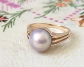 Estate Pearl Ring. ~ Yellow Gold 14K 1970's Size...read more