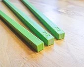 Square Spacer/Gauge for Bookbinding, Cartonnage, and Other Crafts (27 cm long, 3d-printed / kneeplatjes)