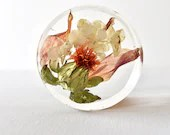 """Floral Paper Weight, 3"""" Disc, Preserved flowers, Dried Flowers, Resin Art, Ready to Ship"""
