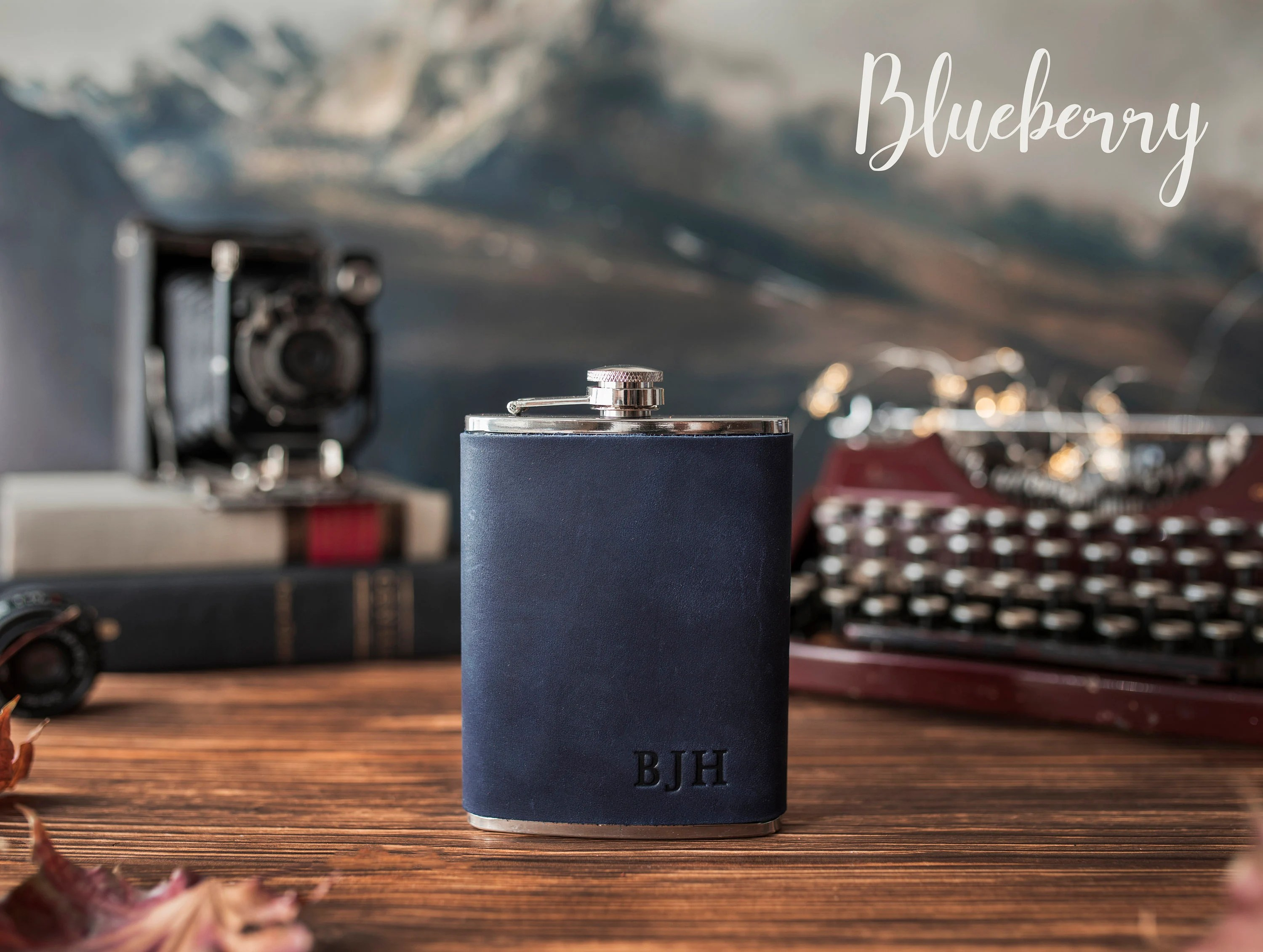 Leather hip flask personalized Leather flask for men image 6