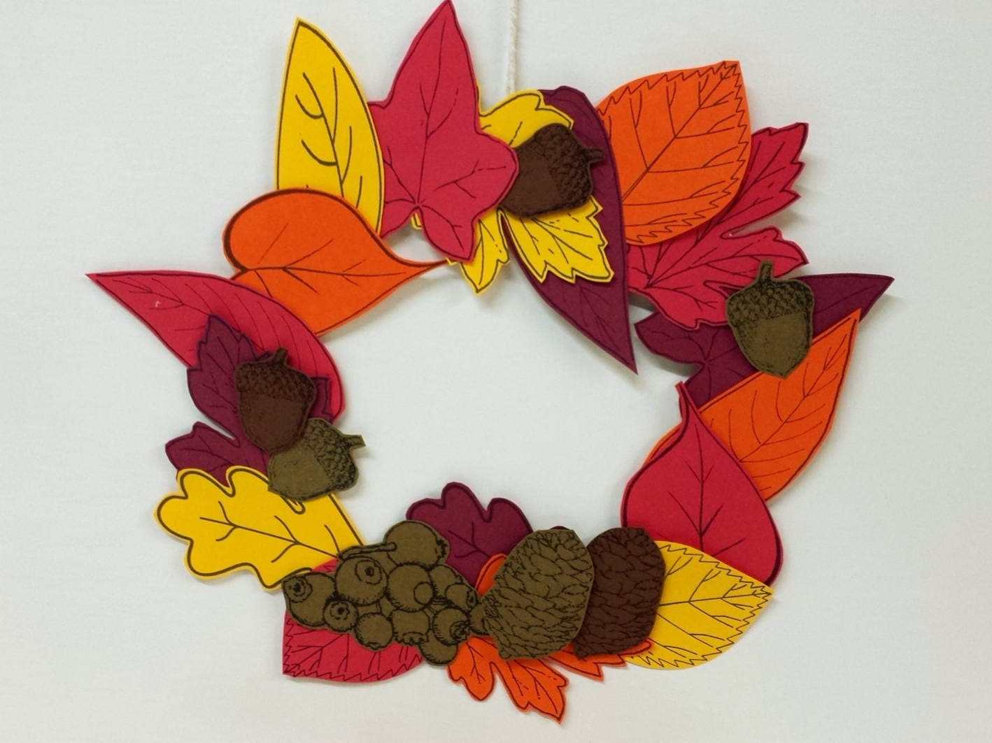 Autumn Leaves Wreath Printable Thanksgiving Paper Craft