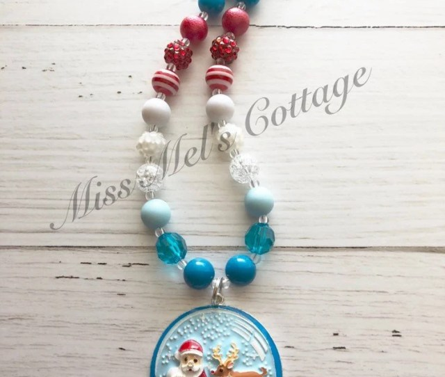 Charming Snow Globe Pendant With Santa And Reindeer Mini Mm Or Chunky Bubblegum Beads Necklace Ladies Girls Christmas