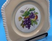 Johnson Brothers H 3 Cream Fruit Plate Bone China with Braided Trim Vintage
