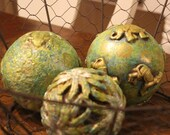 Accent spheres