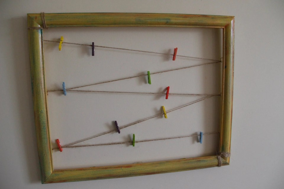 Mini clothespin picture display