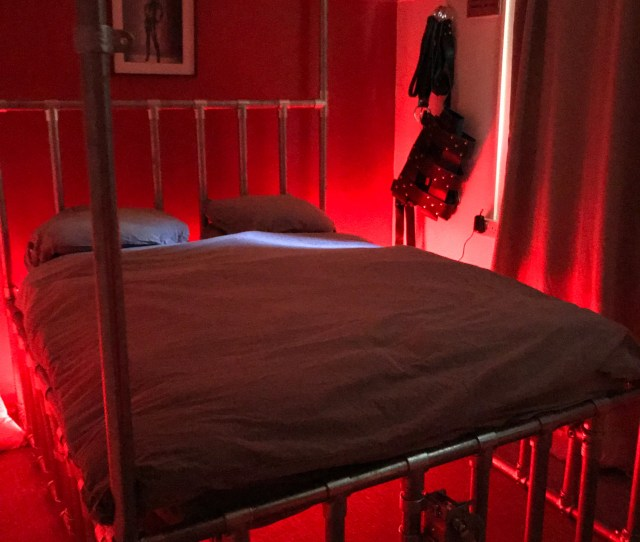 Ultimate Scaffolding Bondage Four Poster Bed Cage And Winch Made To Order Steel Bdsm Dungeon Furniture