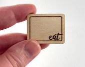 Mini Dollhouse 'eat' Cutting Board - 1:12 Scale Decorative Kitchen Accessory