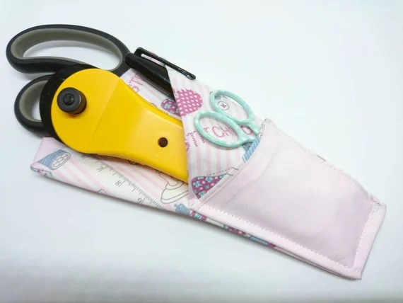 Sewing Print Scissor Pouch from ThreeMoonCrafts