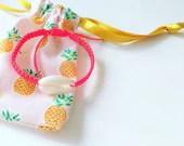 Cauri shell bracelet, macramé bracelet, summer jewel, cauri, lucky charm