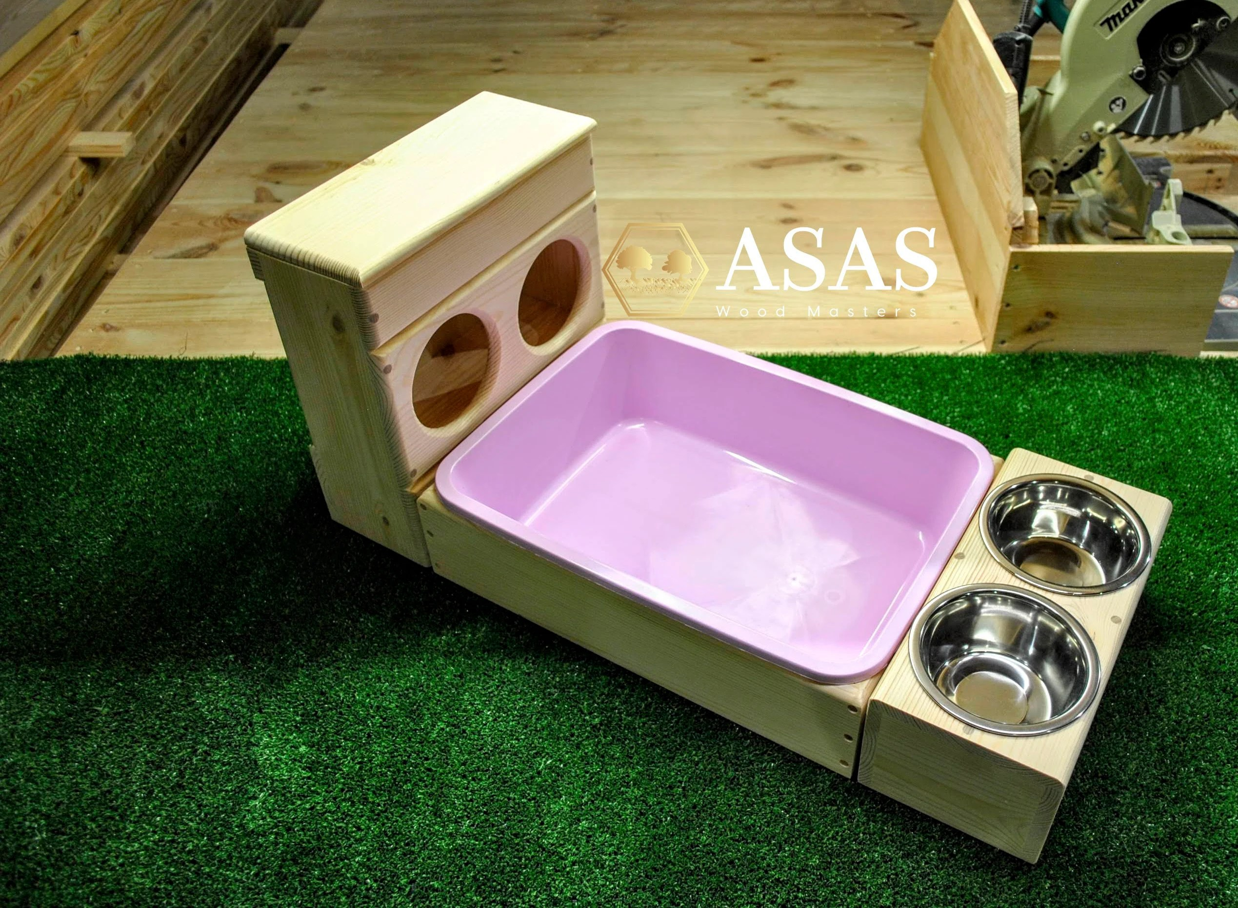 rabbit hay feeder with litter box and food bowls station combo