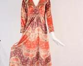 1970s Velvet Printed Maxi Dress, Rare Vintage Bohemian 70s Wallpaper Medallion Print Dress, 1970s Long Sleeve Spring Summer Bohemian Dress