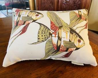 https www etsy com market pottery barn pillows