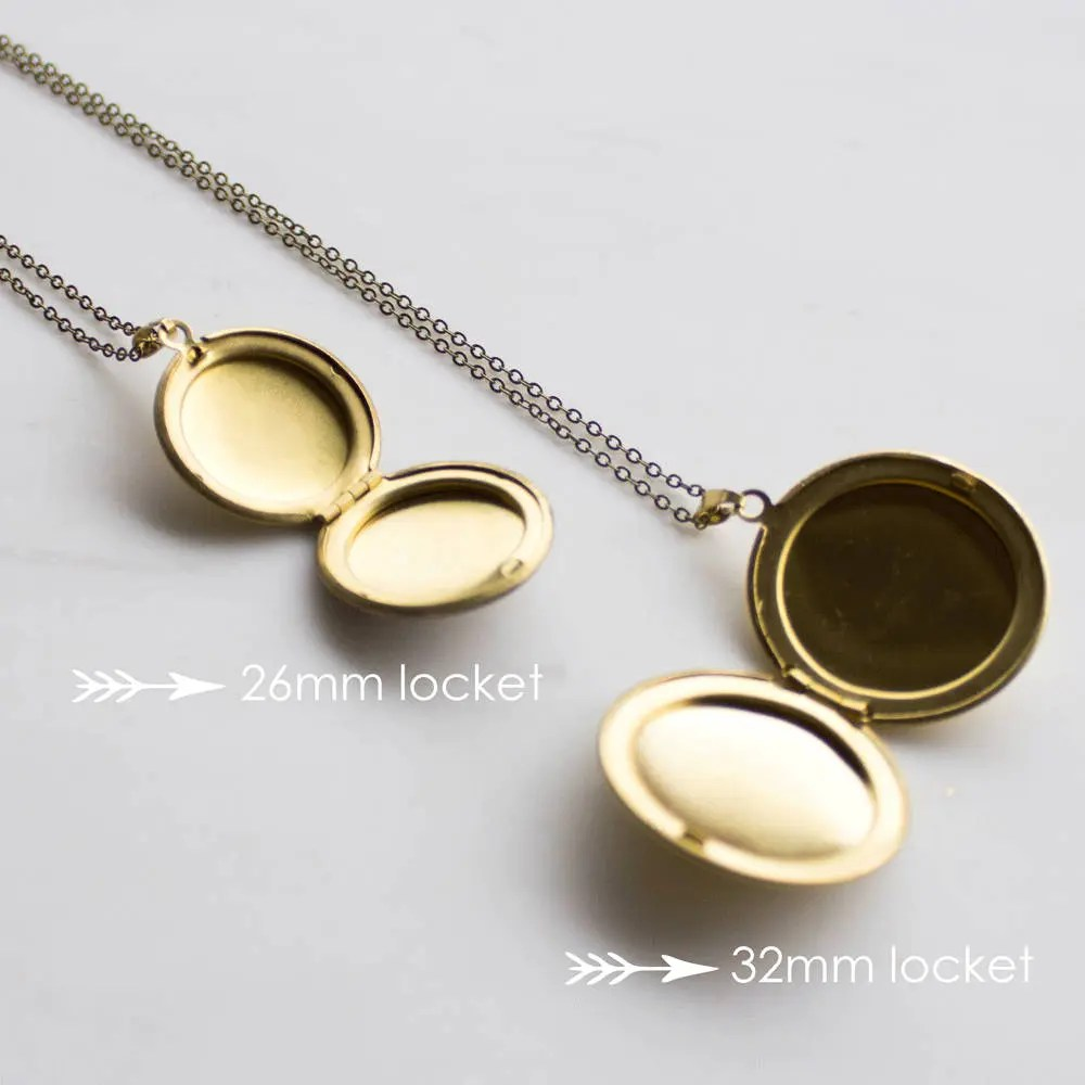 Photo Locket Gift Personalized Mothers Day gift Simple Gold image 3