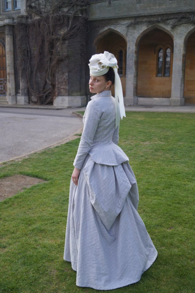 Victorian Outfit, 1880s Bustle Dress in Linen.