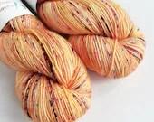 Hand dyed yarn, singles superwash merino 4ply wool yarn, speckled oranges, reds and purple fingering yarn, knitting, crochet wool.