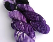 Hand dyed sparkle DK yarn, superwash merino/nylon/stellina double knit yarn, Cosmea, purple, black and white variegated DK yarn.