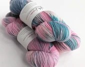 Hand dyed wool yarn. Shoc...